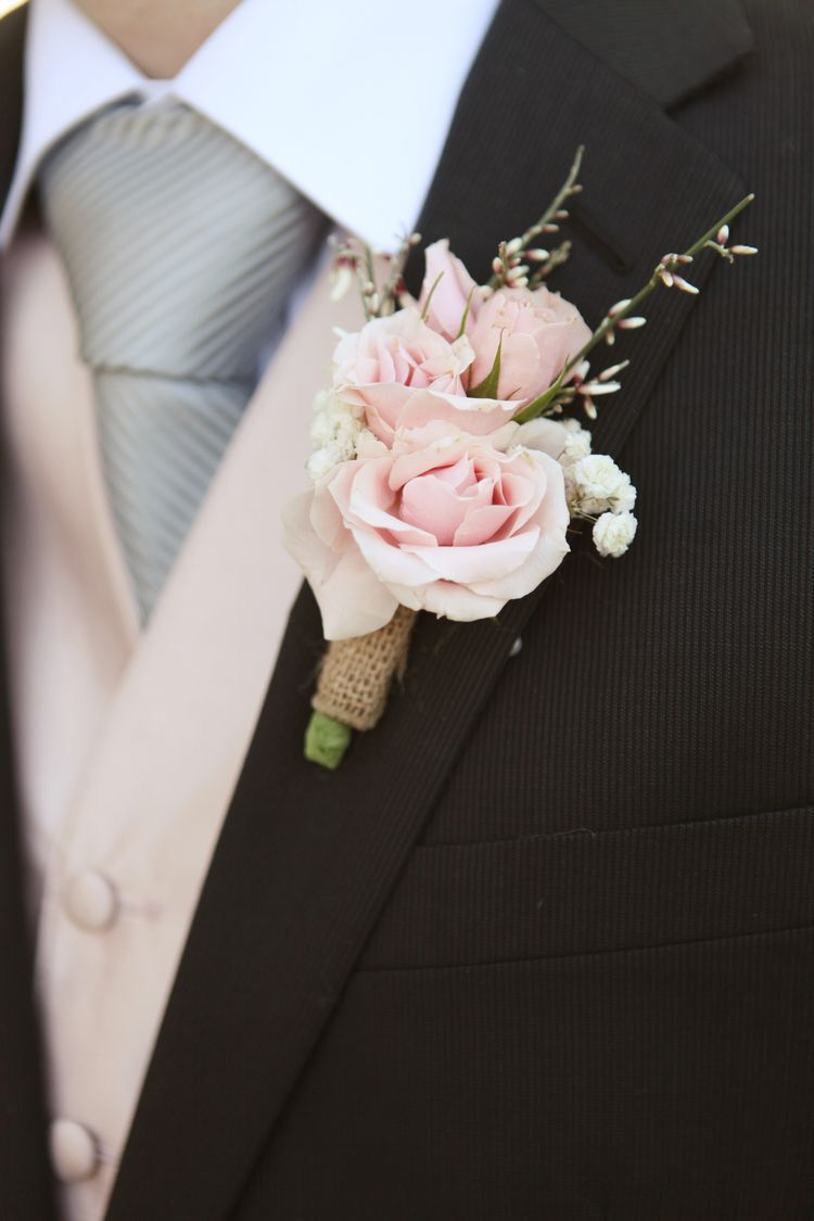 Bouquet Sposa Vestito Champagne.Pin Di Silvia Iraci Su Matrimonio Color Champagne Matrimonio