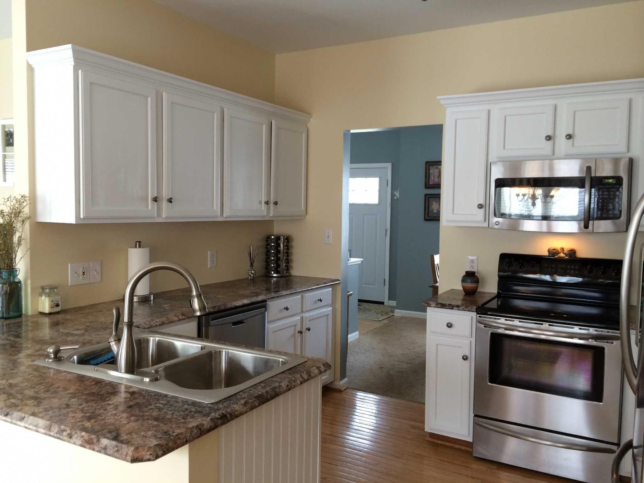 Beautiful Painted Case Concepts & Ideas regarding kitchen ...