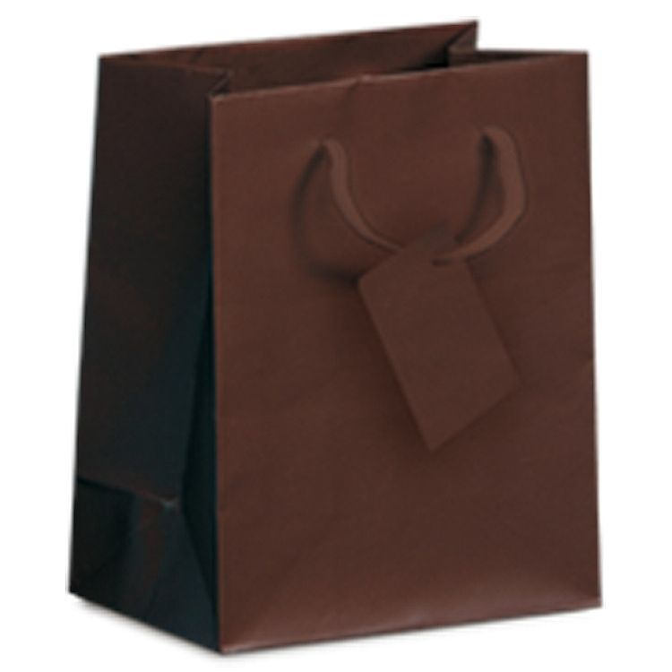 Recyclable, reusable, sturdy and durable these bags offer everything you need. With its simple design it offers a great branding opportunity for your company. Available in a large range of colours and sizes you will spoilt for choice. Made from a high quality paper each bag is then laminated for extra strength and comes with a matching gift tag.