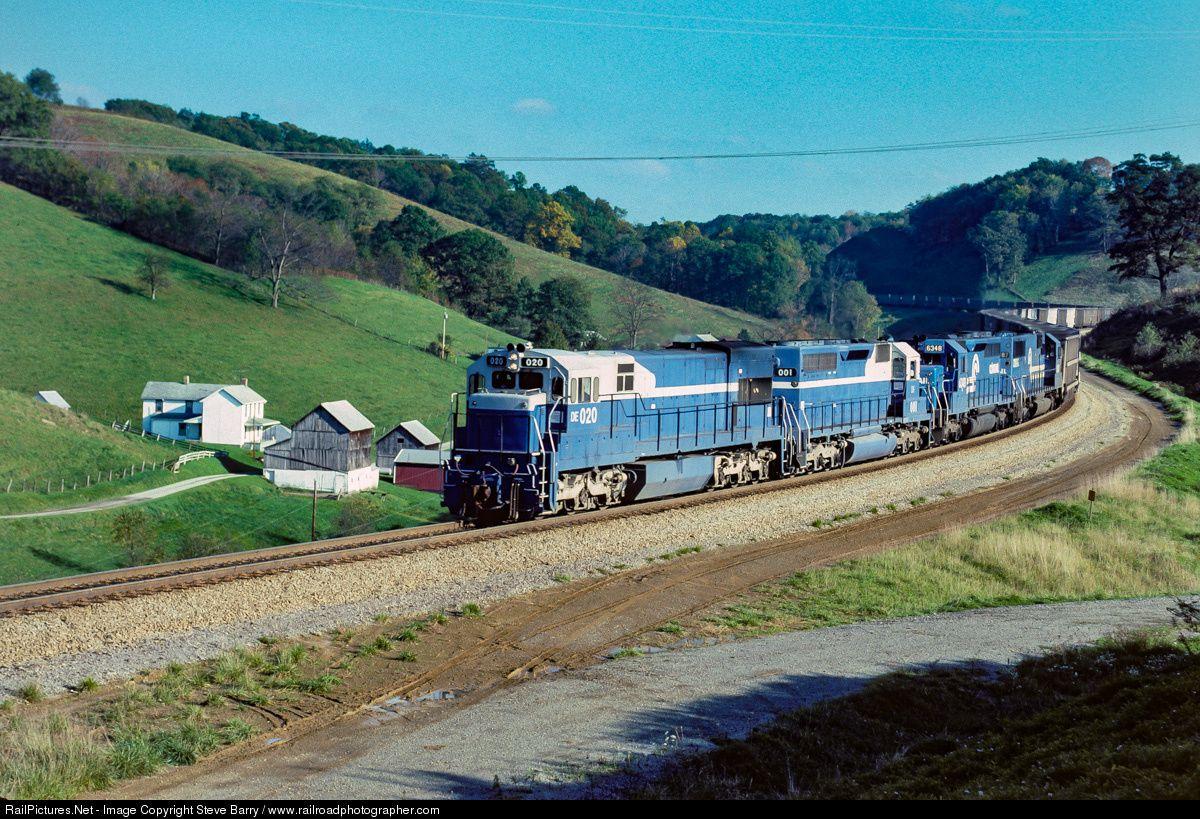 RailPictures.Net Photo: DEEX 020 Detroit Edison (DEEX) GE U30C at Time, Pennsylvania by Steve Barry / www.railroadphotographer.com
