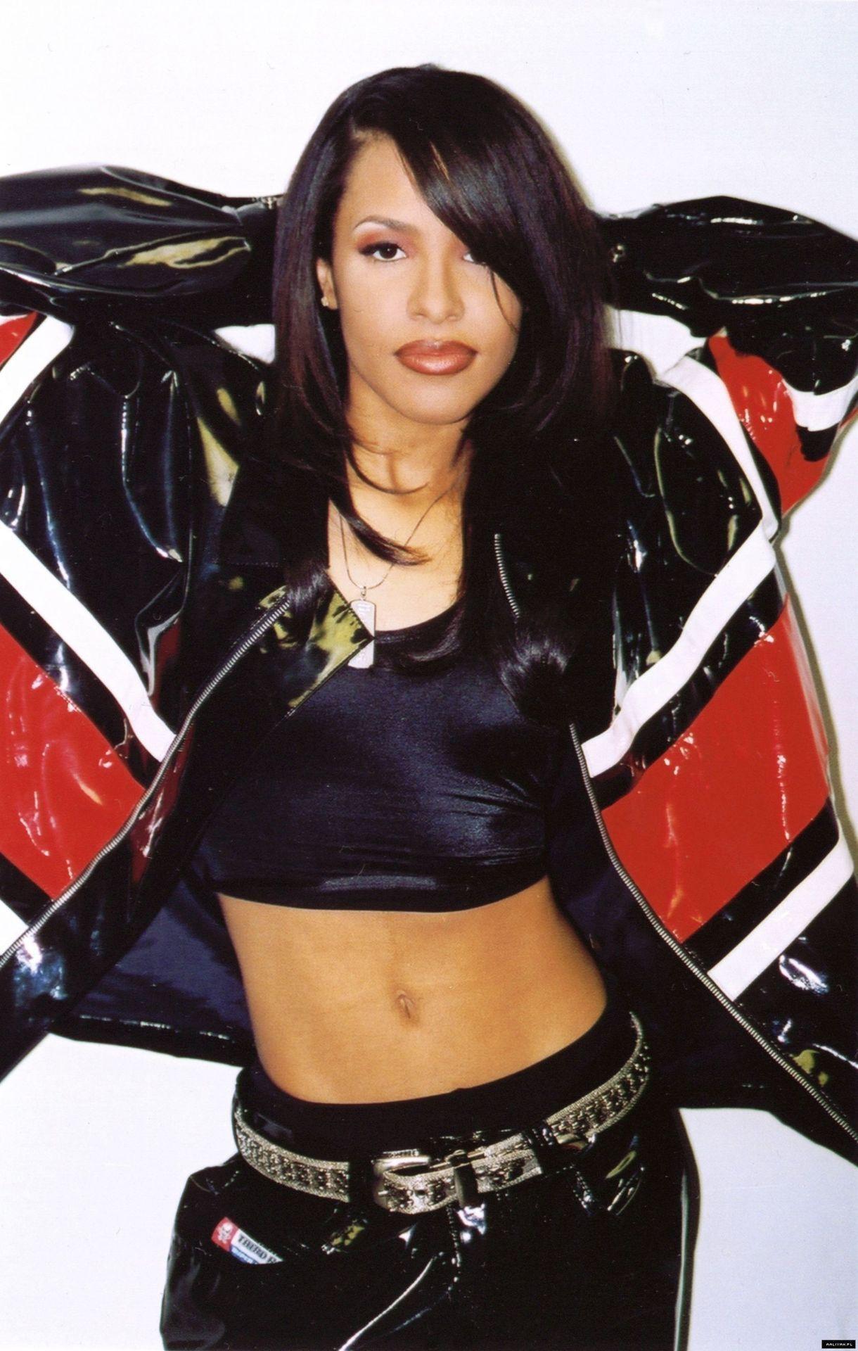 Aaliyah Photos: Photo