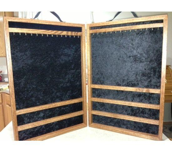 Portable Jewelry Display Case
