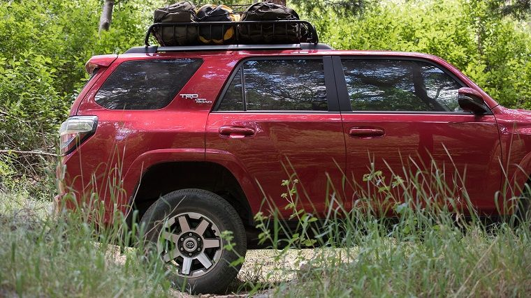 The 2017 Toyota 4runner Is A Body On Frame Suv Reputed For Its Exceptional Durability And Capability As Well Excellent Reliability Re