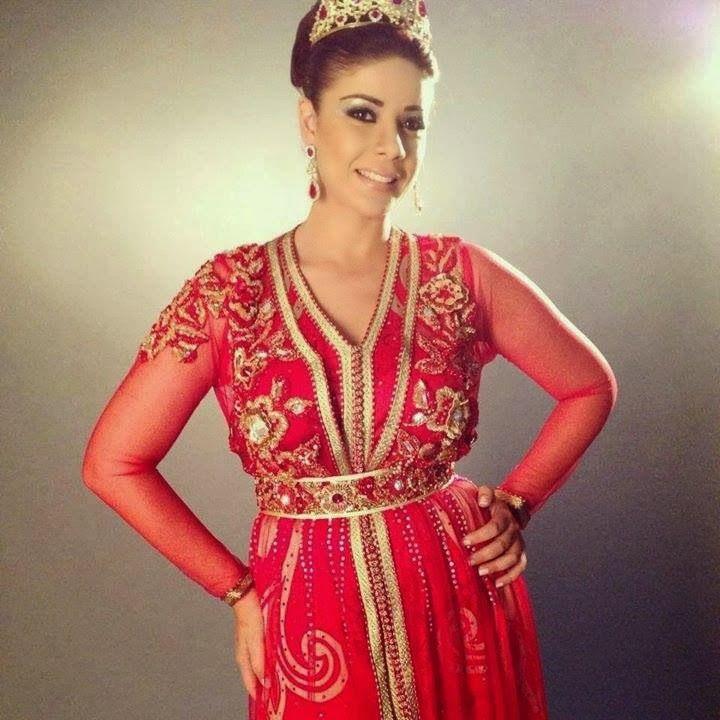 Leila Hadioui en Caftan Marocain de luxe en couleur Rouge pour mariée 2014