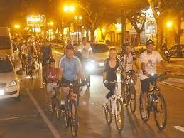 Resultado de imagem para bicicleta passeio noturno