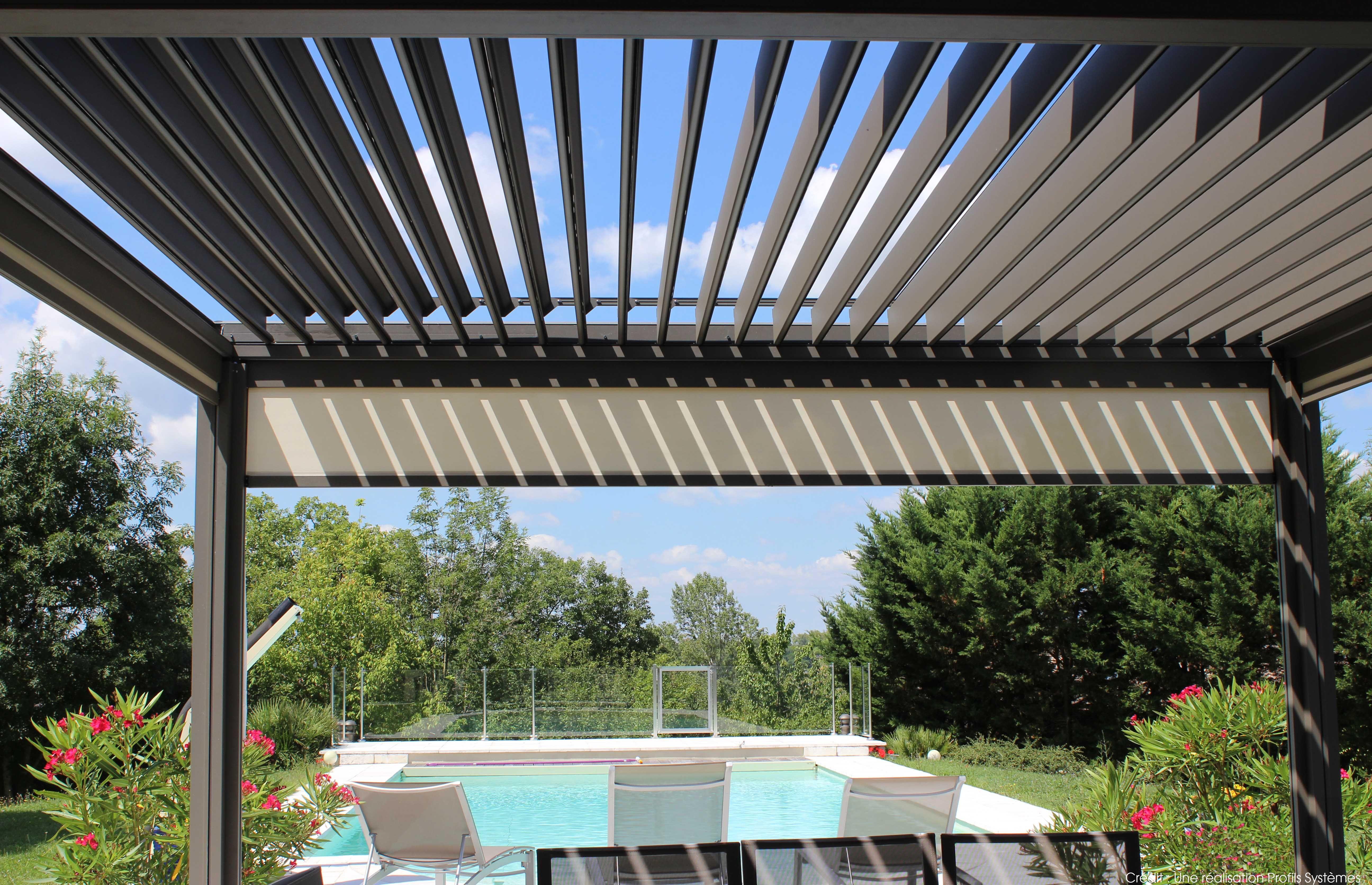 la toiture bioclimatique wallis outdoor by profils syst mes vous prot ge des rayons de soleil. Black Bedroom Furniture Sets. Home Design Ideas