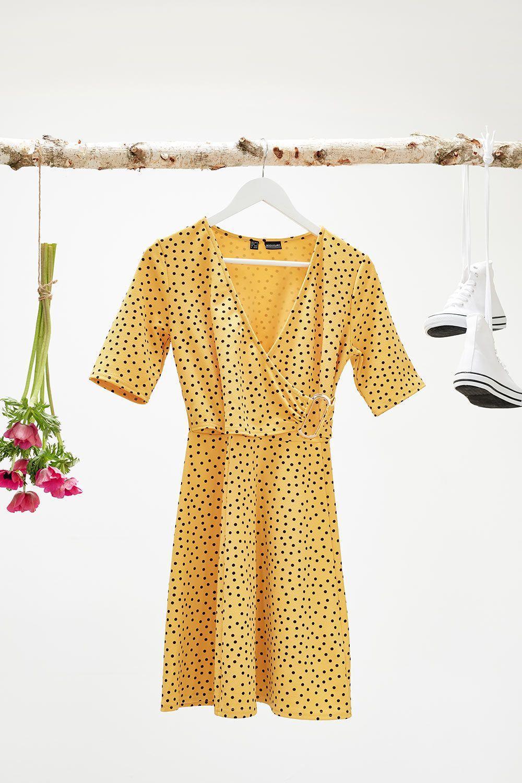 Kleid mit Punkten | Kleid punkte, Kleider, Modestil