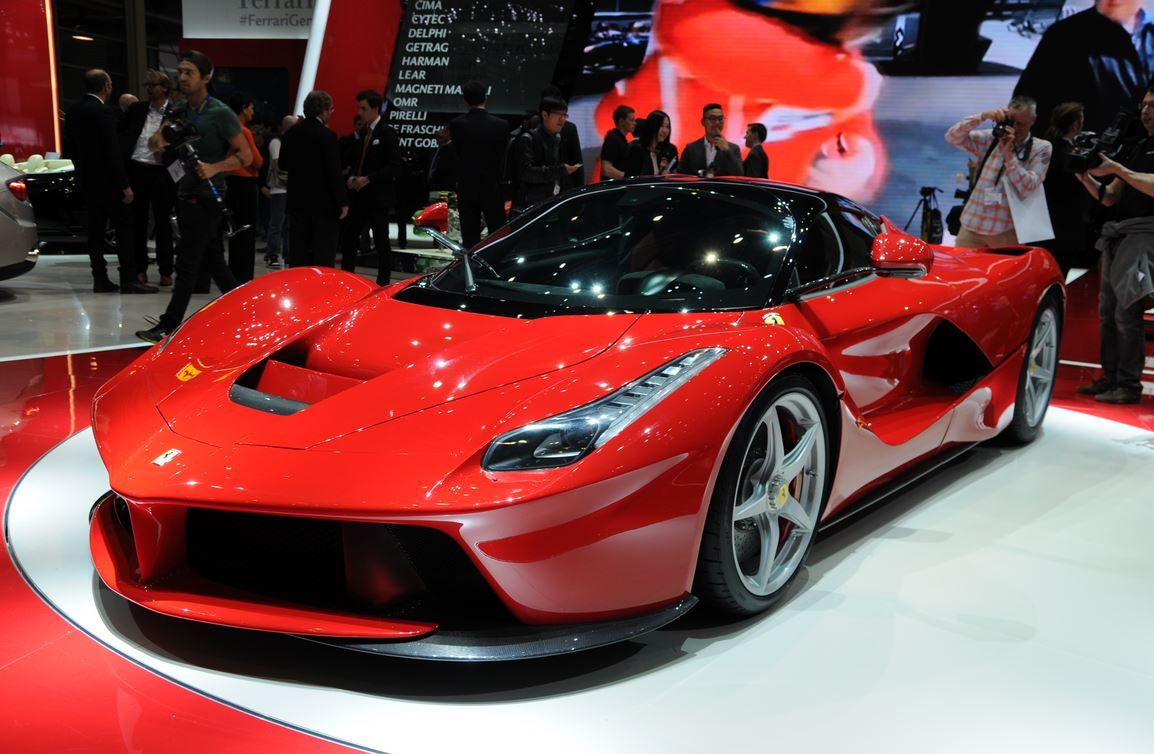 Amazing Car Of The Day The Ferrari Laferrari Ferrari Laferrari New Audi Car La Ferrari