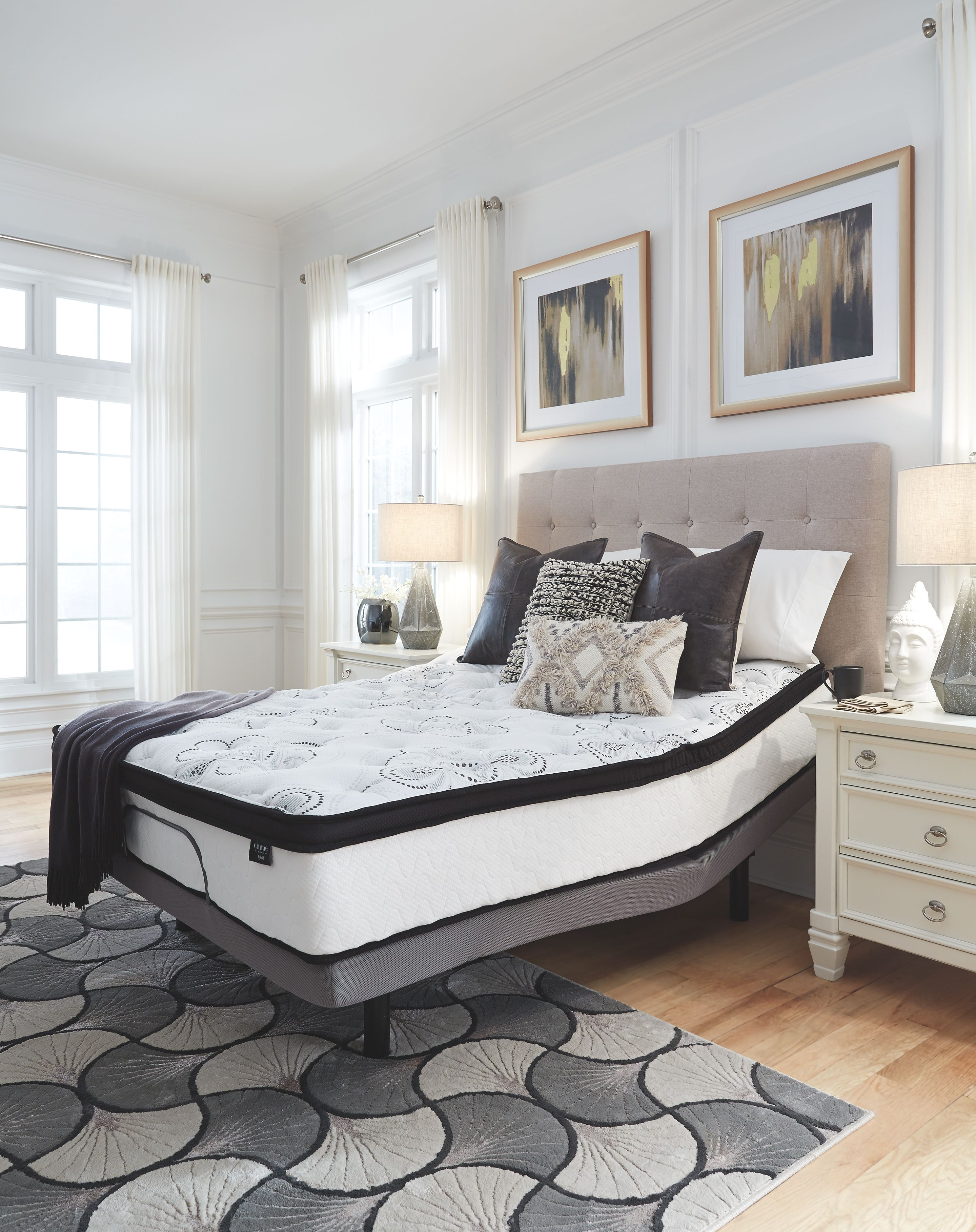 """Dolante King Upholstered Bed with 12"""" Hybrid Mattress in a"""