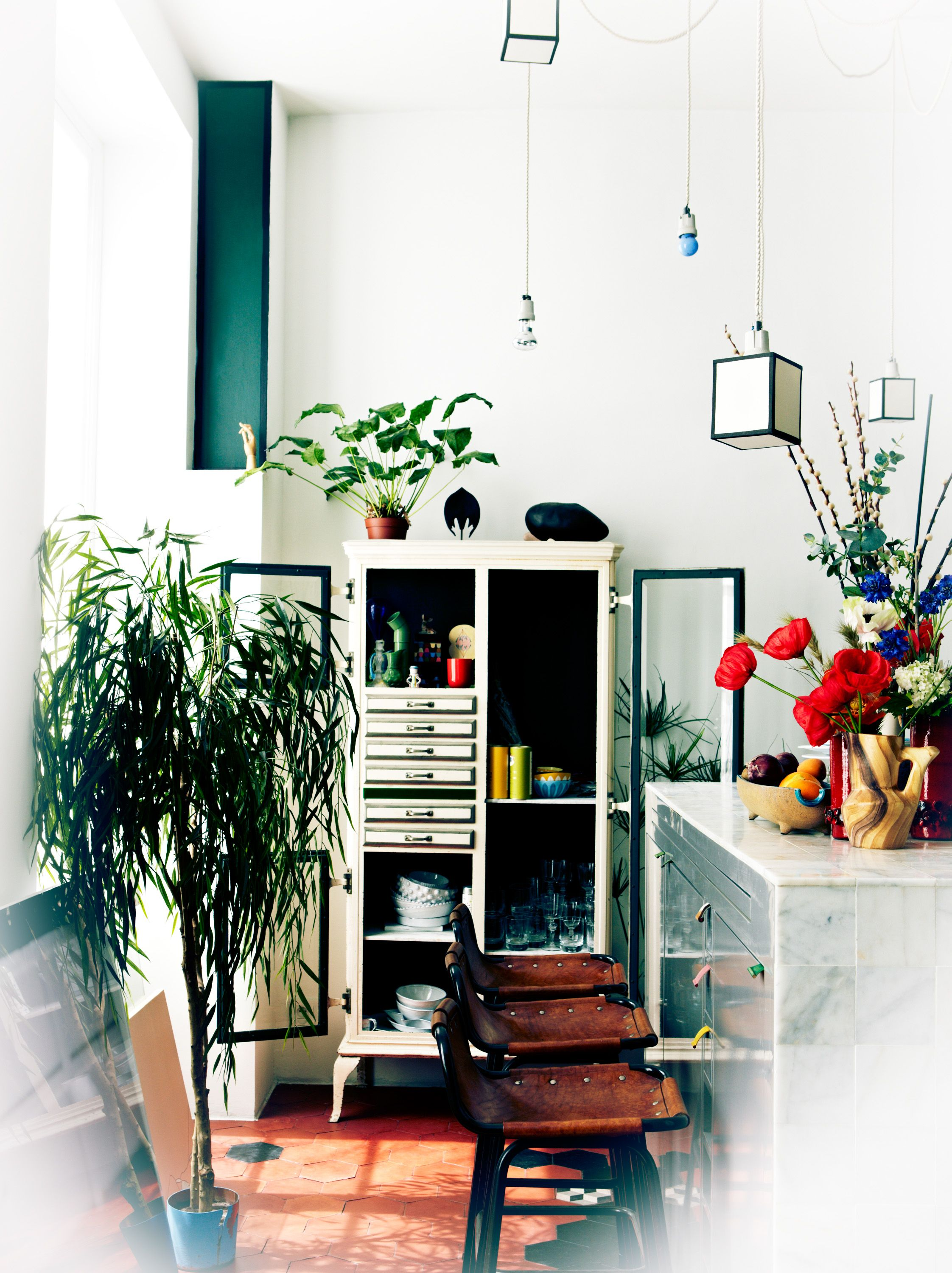 Home Interior Design Game Online: Love The Greenery And The Cabinet