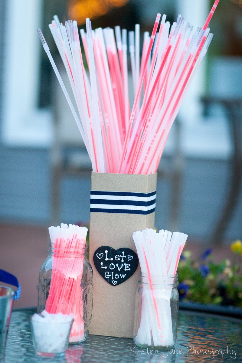 glow sticks at a wedding - Google Search | Jerry and taylor ...