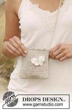 Drops 129 4 By Drops Design Crochet Drops Bag In Lin With Butterfly In Muskat Free Pattern Crochet Phone Cases Crochet Purse Patterns Crochet Mobile
