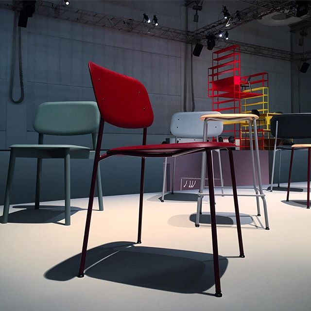 Milan day 2 soft edge by iskos berlin shows the next for Hay design milano