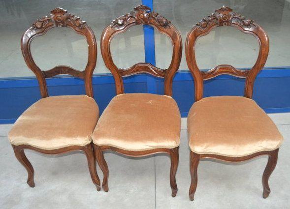 Sedie Antiquariato ~ Tre sedie in noce velluto 800 luigi filippo schienale scolpito