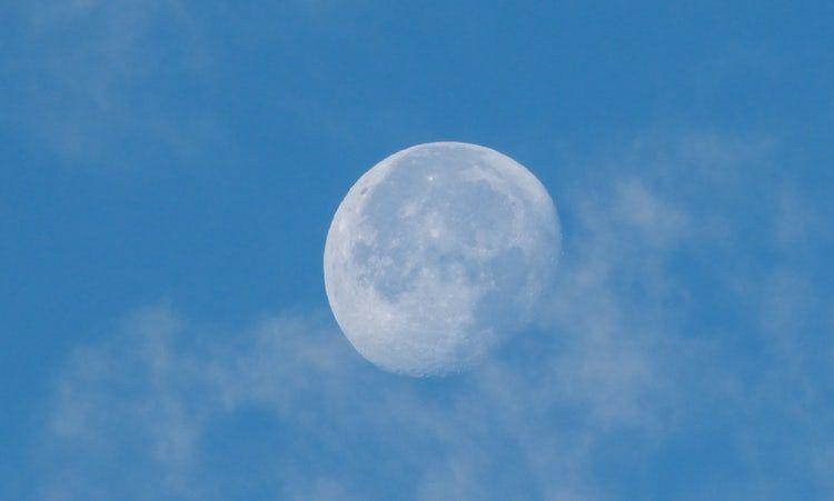 Unsplash Blue Sky With Moon Thewhiteningstore Com Baby Blue Aesthetic Blue Aesthetic Pastel Light Blue Aesthetic