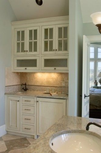 Butlers Pantry Master Bathroom Good To Make Coffee Tea Water And Towel Warming Drawer With Images Traditional Bathroom Bars For Home