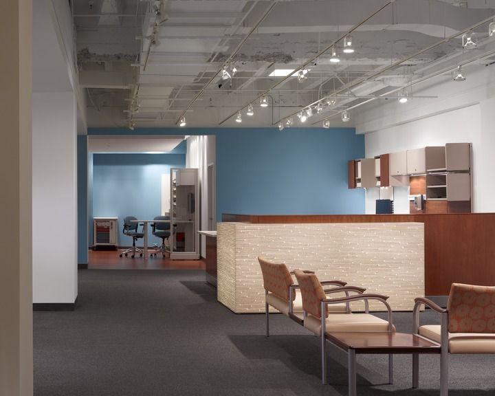 Herman miller ethospace nurses station chicago showroom