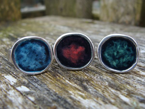 Vitreous Enamel Pebble Rings :)