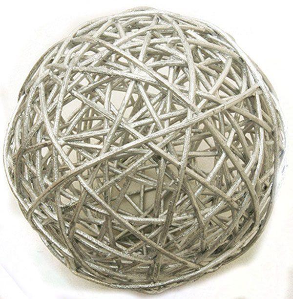 Zilverkleurige rieten decoratie bollen
