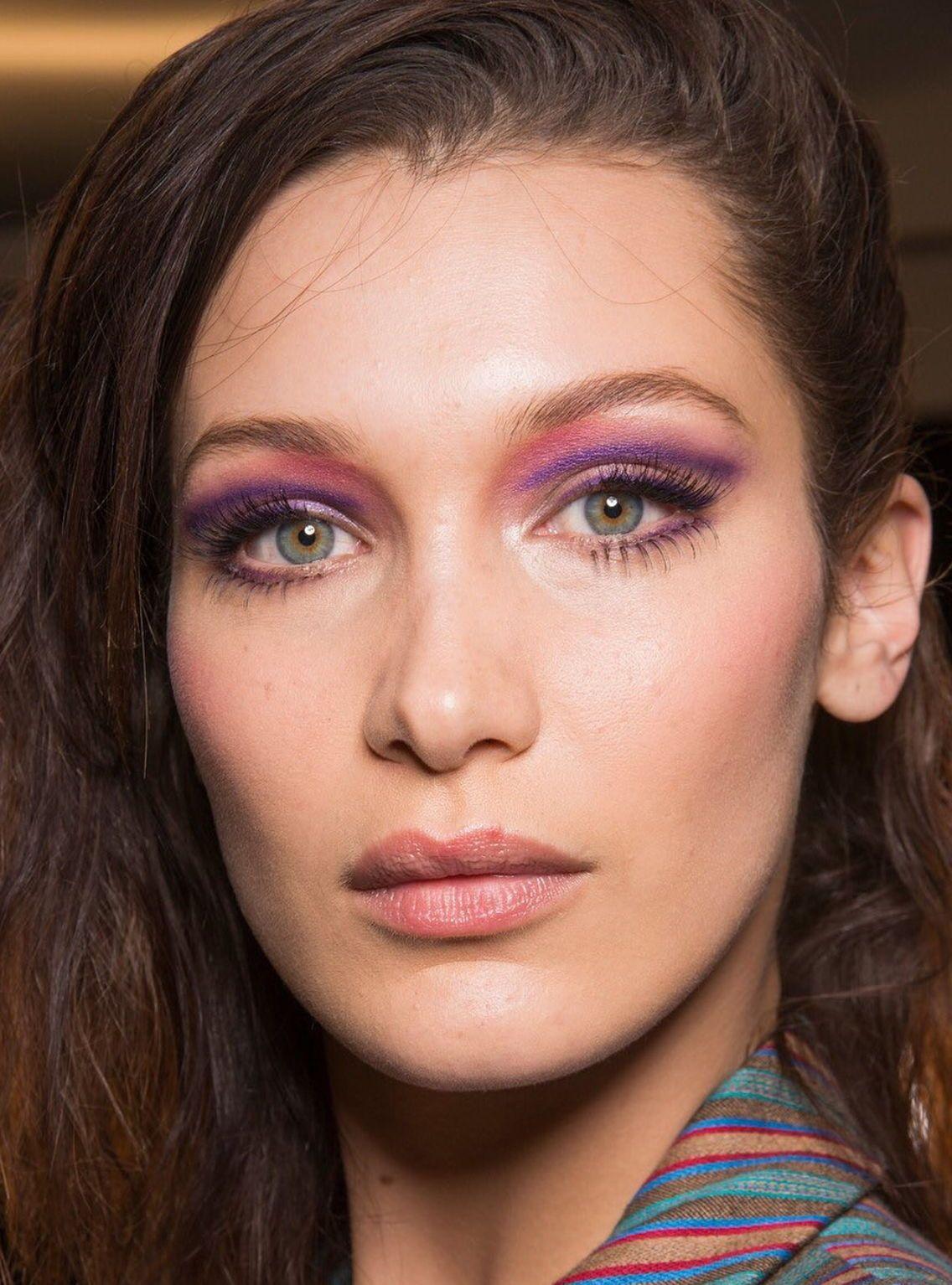Pinterest DEBORAHPRAHA ♥️ Bella hadid makeup ny fashion