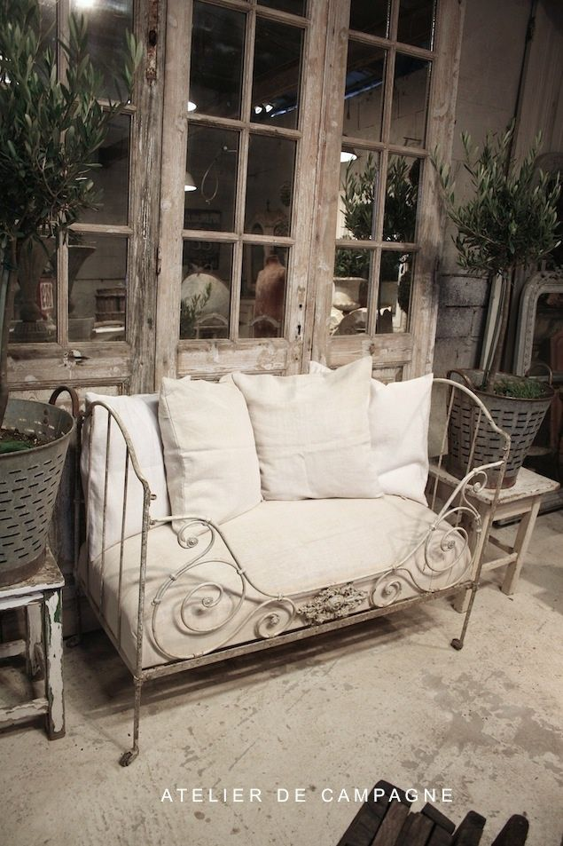 small french daybed via atelier de campagne antiques antiques furniture and accessories. Black Bedroom Furniture Sets. Home Design Ideas