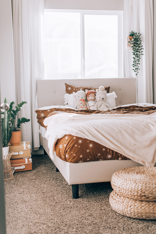 Ibidun Upholstered Platform Bed Frame Platform Bed Frame