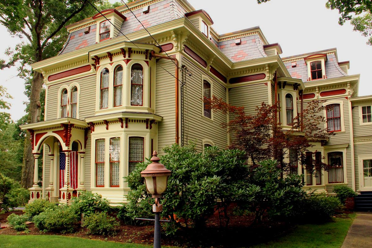 Pin by Eric J. Carrion on Victorian Dream Homes : Painted Ladies and ...