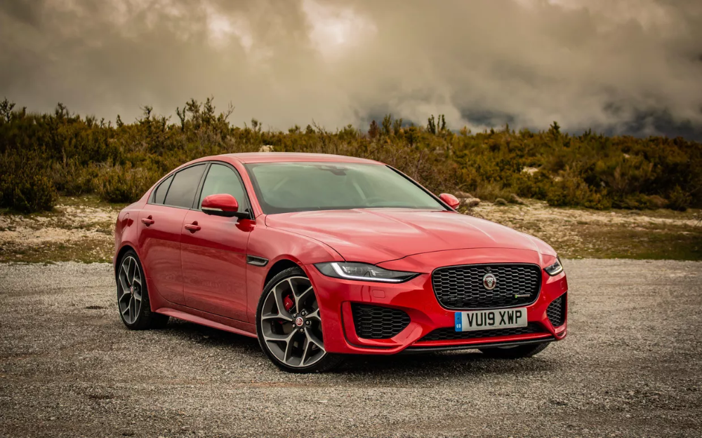 Throwback To Our Firstdrive Of The Jaguar India Xe Follow Vroomheadofficial And Vroomhead Jaguar Jaguarxe Jag In 2020 Bike News Jaguar Xe Jaguar F Type