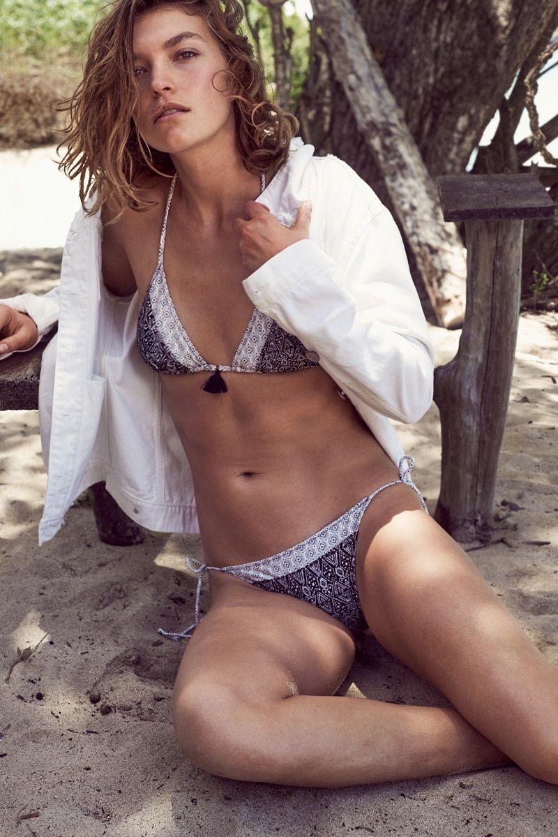 Bikini Arizona Muse nude photos 2019