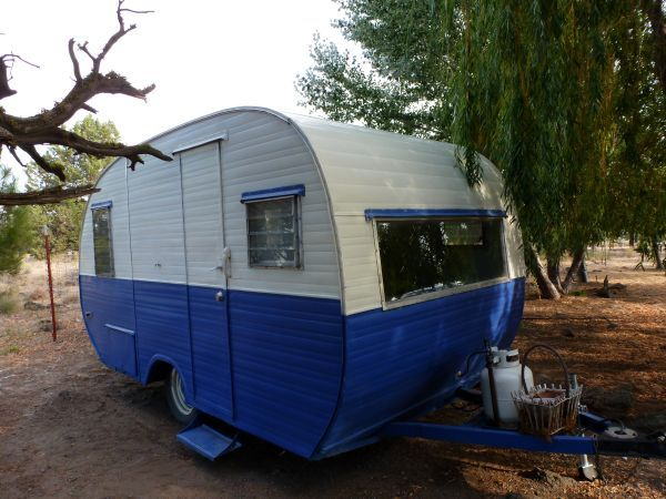 This One Is For Sale In Terrebonne On Craigslist Cute Vintage Trailer 1958 Cardinal