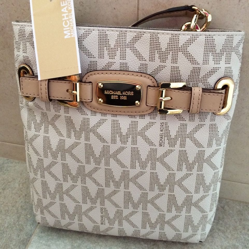 NEW Michael Kors MK Signature PVC Hamilton Large Crossbody Shoulder Bag  Vanilla cc9c7052fd517