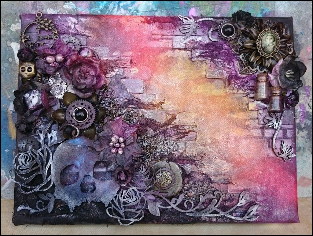 Mixed Media Art and Painting on Canvas is the symbol of creativity artist can show Mixed media art refers to combining two or more variety of arts together