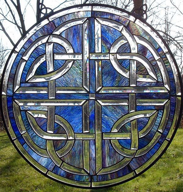 beautiful celtic knot. FREE CELTIC STAINED GLASS PATTERNS ...