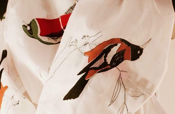 Tissu motif oiseaux par tetelacreationstextiles