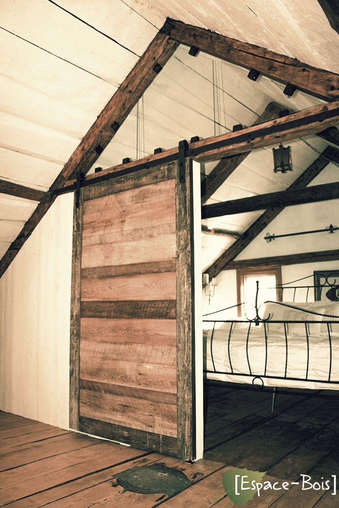 Magnifique porte pour la chambre à coucher. Porte de grange ...