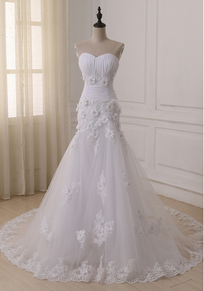 Ustom Made Luxurious Lace Appliques Flowers Mermaid Wedding Dress