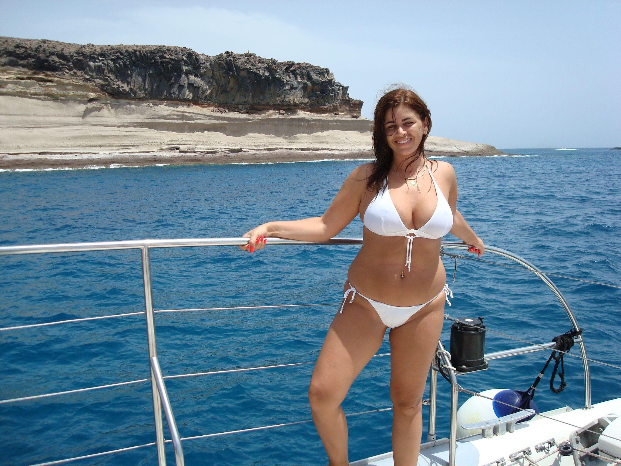 Latina Cam Models