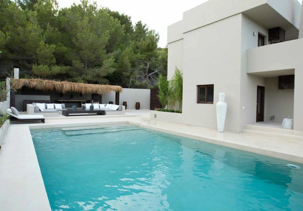 Luxury villa for rent in Ibiza, close Km 5, with sea view ...