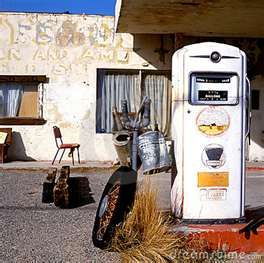 I have always wanted to turn an old gas station like this into my home.