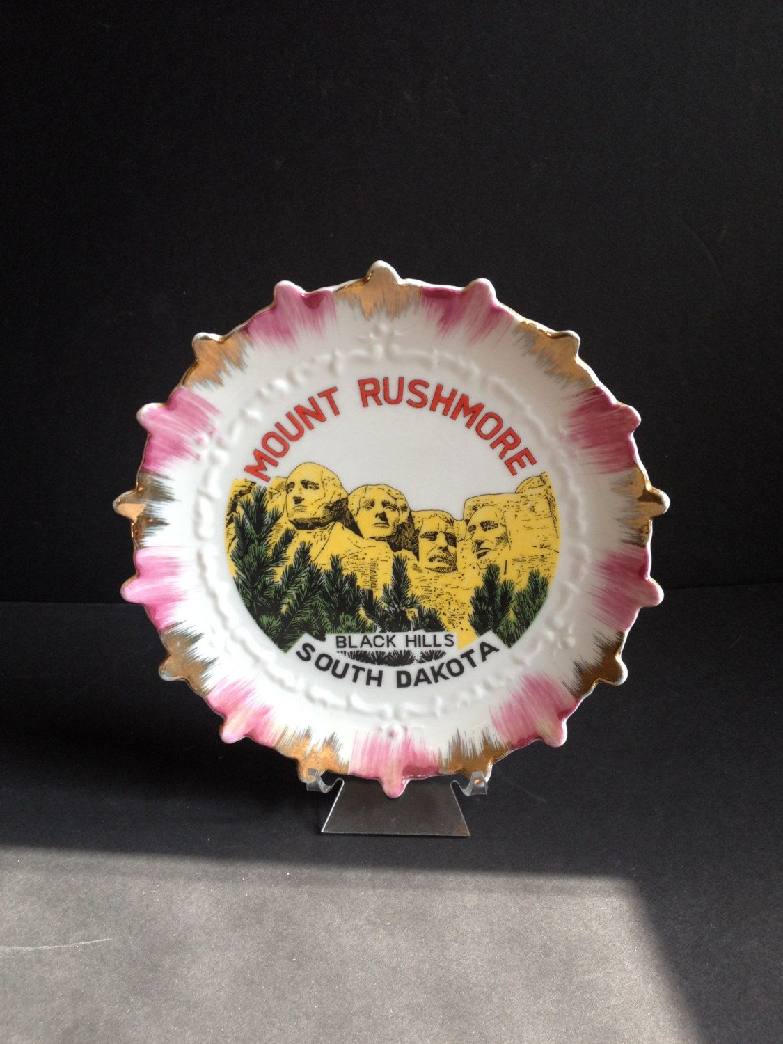 Mount Rushmore Collectible Souvenir Plate by 1006Osage on Etsy