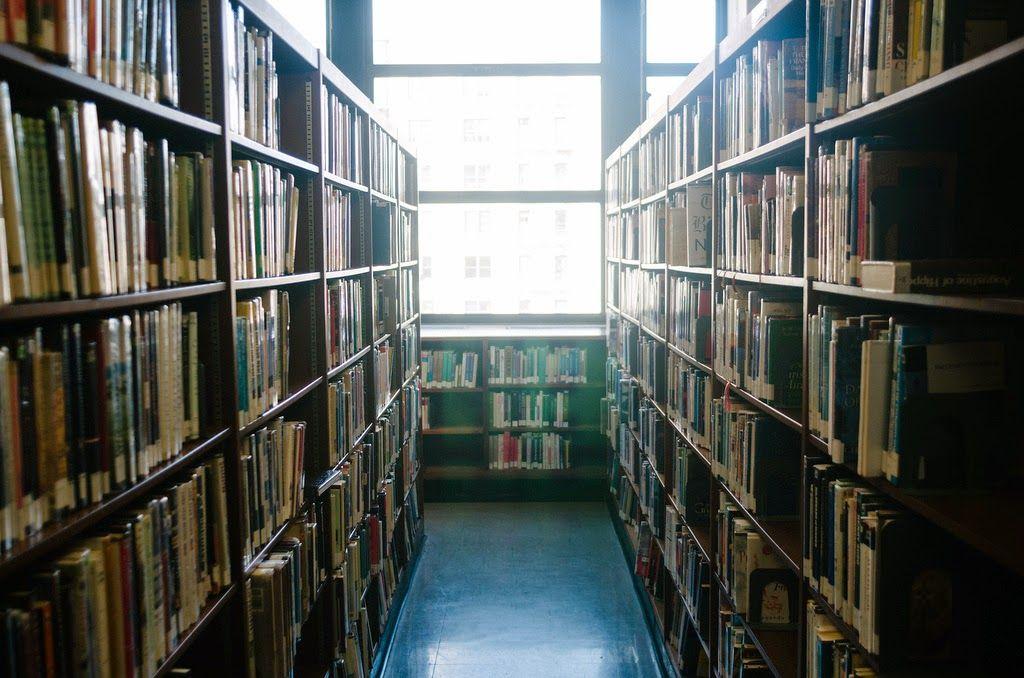 SOY BIBLIOTECARIO: Nunca subestimes la importancia de un bibliotecari...