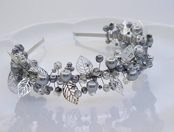 Bridal Pearls Crown,Bridal Tiara,White Pearls Headpiece,Pearls and Crystals Hair Accessories,Wedding Headband,Flower girl headpiece,Crown