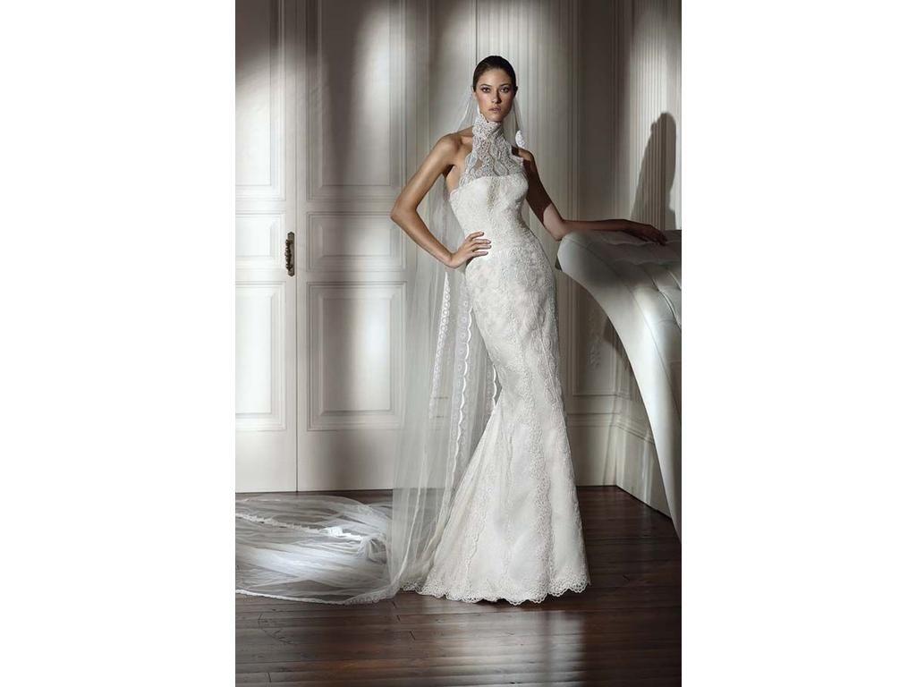 Pre owned wedding dresses  Pronovias  Size   Sample Wedding Dresses  Fractions Salons