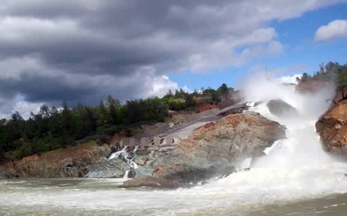 Damage, design flaws in Oroville Dam spillway point to