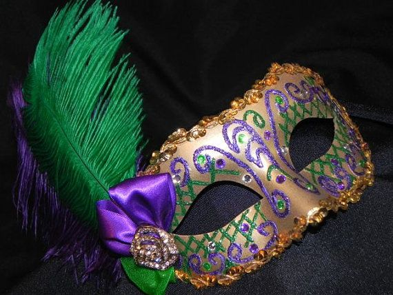 Purple Green And Gold Feather Mardi Gras Mask Etsy Mardi Gras Mask Mardi Gras Diy Carnival