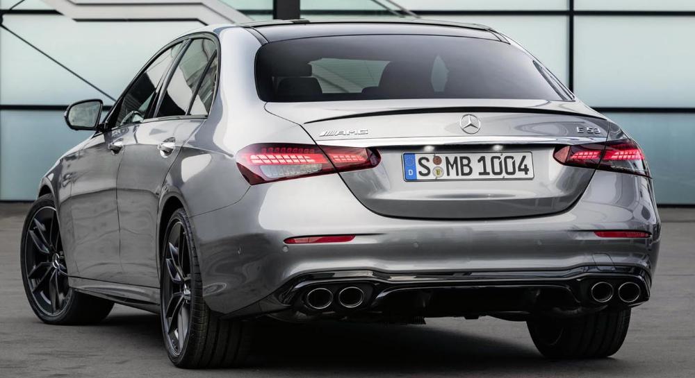 مرسيدس آي أم جي إي53 الجديدة 2021 السيدان الرياضية بالزي العصري الجديد موقع ويلز Mercedes Benz E Mercedes Amg