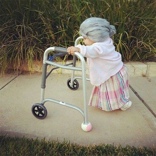 Old woman 42 Kid's Halloween Costumes #uniqueintuitions #halloween #costumes #oldlady