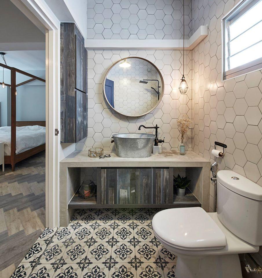 Acacia breeze industrial hdb interior design bathroom for Small bathroom design singapore