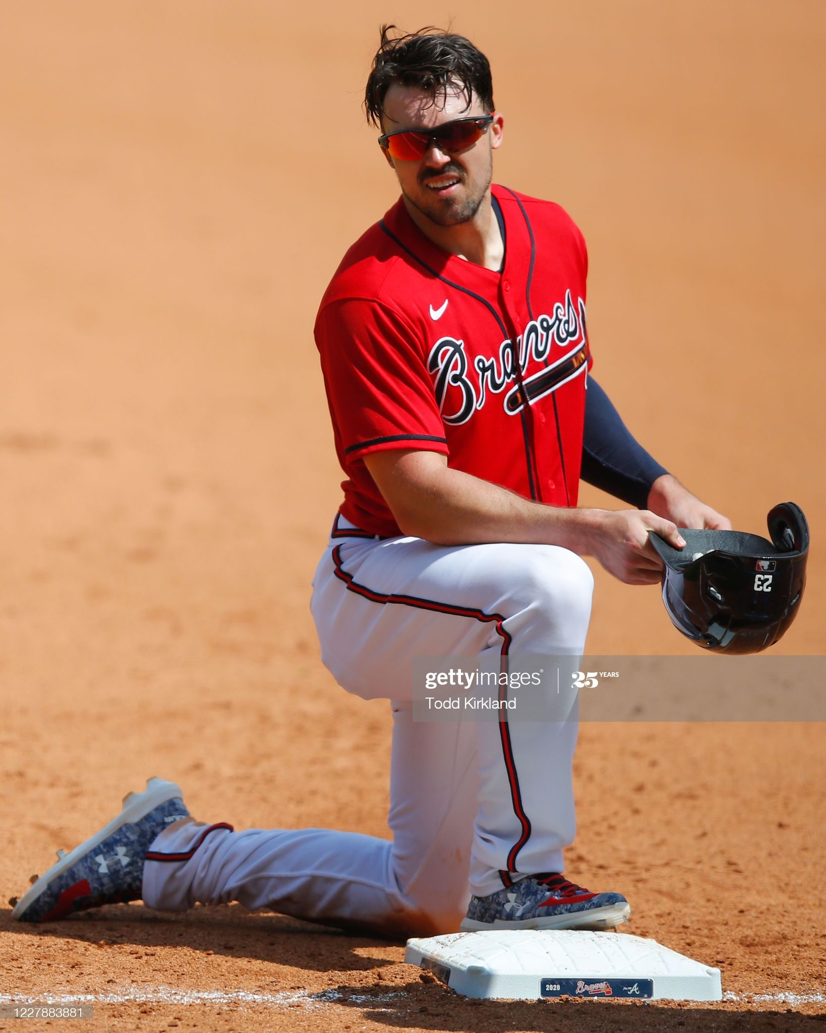 Adam Duvall Of The Atlanta Braves Reacts After Being Called Out On A In 2020 Atlanta Braves Braves Duvall