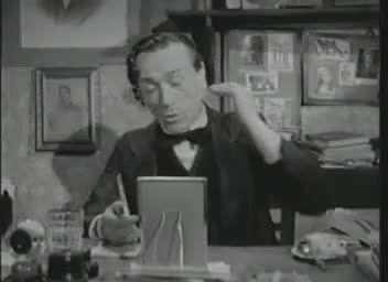 Il celebre film girato e diretto da vittorio De Sica, in una delle sue scene cult, con Eduardo De Filippo intento ad insegnare la vera arte del pernacchio.